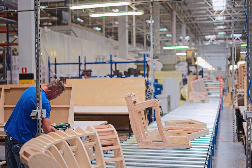 montażysta mebli oferta pracy w Zaparoh Robakowo, Gądki koło Poznania