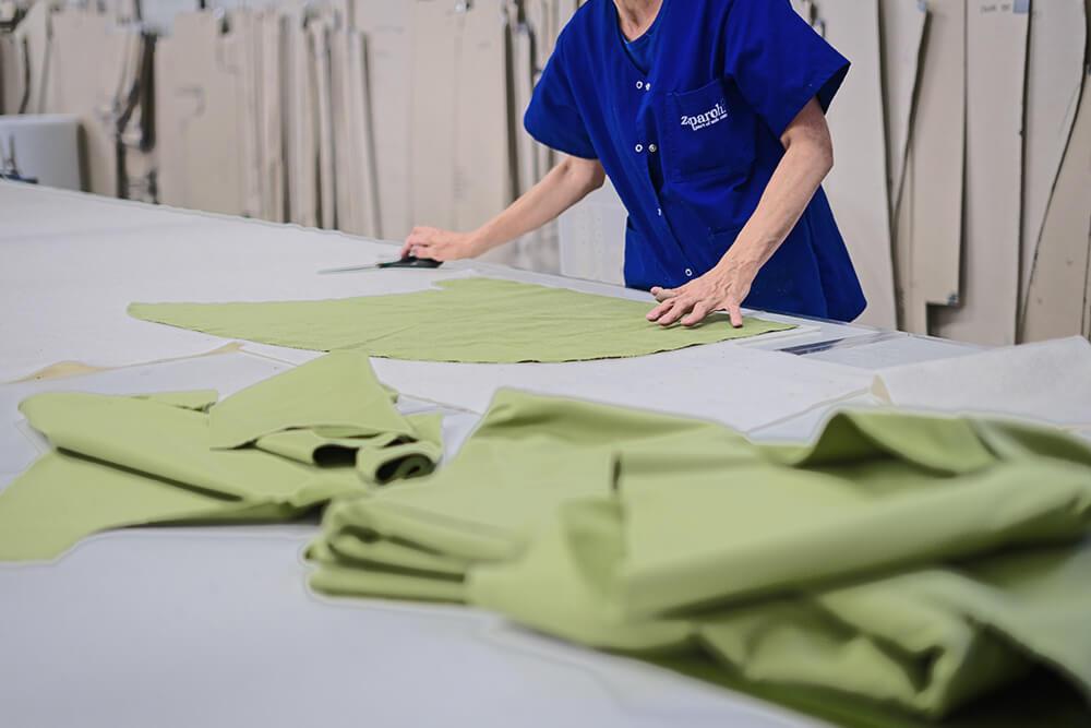 krojczy, krojczyni, praca Robakowo, Gądki, Zaparoh - Nowoczesna fabryka mebli tapicerowanych